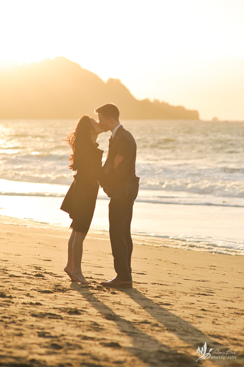 amy-bao-photography_baker-beach-proposal-48